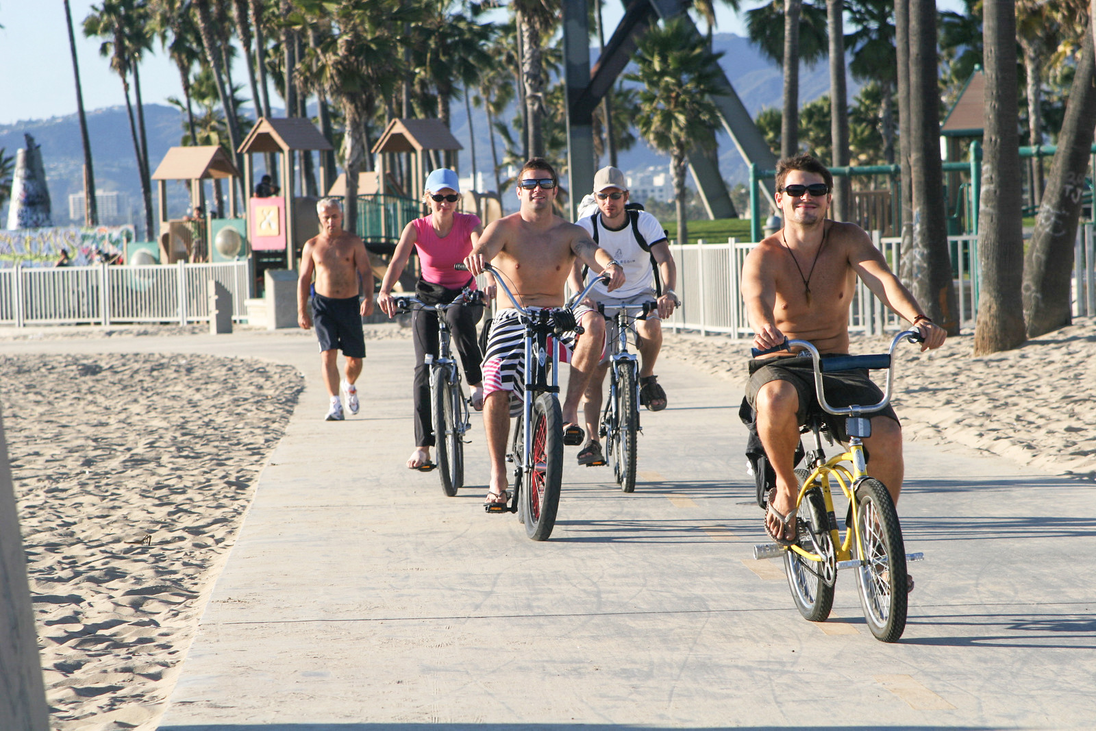 Rent Some Transport And And Explore Venice On A Bike Skate Board Segway Io Hawk Blades Or Roller Skates Venice Paparazzi Venice Beach Ca Photo Agency Community Info News Events